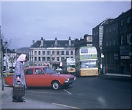 SE0925 : Two Buses in Halifax Town Centre by David Hillas