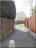 SE2526 : Footpath - Chalner Avenue by Betty Longbottom