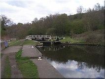 SE2519 : Millbank Lock, Calder and Hebble Canal by John Slater