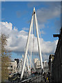 TQ3080 : North Hungerford footbridge by Oast House Archive