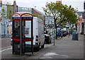 J5081 : Telephone box, Bangor by Rossographer