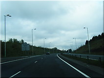 SO1110 : Blaenau Gwent boundary on the A465 by Colin Pyle