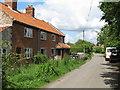 TM4299 : Rural housing on Low Road by Roger Jones