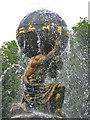 SE7169 : Atlas Fountain in full flow by Pauline E