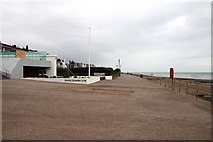 TQ7407 : Bexhill Rowing Club and promenade by Steve Daniels