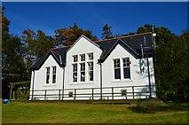 NM4099 : Isle of Rum Primary School by Robert Stalham
