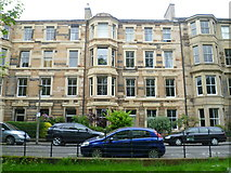NT2572 : Lonsdale Terrace tenements from North Meadow Walk by kim traynor
