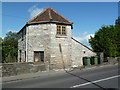 ST4837 : Dwelling - probable former toll house, Street by Chris Allen
