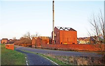 SO8277 : Old canalside industrial buildings, Kidderminster by P L Chadwick