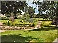 TQ5839 : Calverley Grounds by Paul Gillett