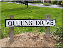TM3876 : Queens Drive sign by Adrian Cable