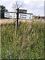 TM4076 : Roadsign on Heath Road by Adrian Cable