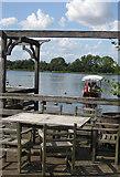 SE7170 : Boat trip sets off by Pauline E