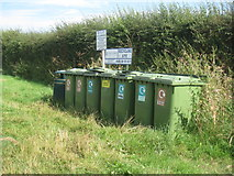 TF2878 : Recycling site, Rowgate Road, Scamblesby by Jonathan Thacker