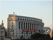 TQ3180 : View of Unilever House from the South Bank by Robert Lamb