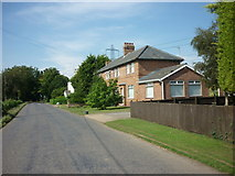 TF2434 : Houses on Rushy Drove by Ian S