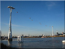 TQ3980 : The Emirates Air-Line cable car line by Rod Allday