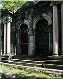 NS6065 : The Aiken Mausoleum (detail) by Lairich Rig