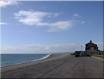 SY6873 : Chesil Beach, seen from near the Cove House Inn, Chiswell by Stefan Czapski