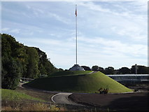 NJ9304 : The Mound, Duthie Park by Colin Smith