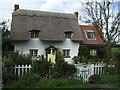 TL0861 : Thatched Cottage, Keysoe Row East, Keysoe Row by JThomas