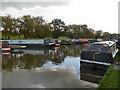 SJ9483 : Macclesfield Canal, Higher Poynton Moorings by David Dixon