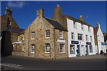 NO5603 : Shore Street, Anstruther by Ian Taylor