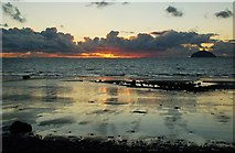 NX1896 : Firth of Clyde Sunset by Mary and Angus Hogg