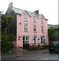 SN8746 : Pink house, Dolecoed Road, Llanwrtyd Wells by Jaggery