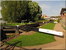 SO8453 : Lock 1, from the west by Christine Johnstone
