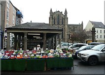 NY9364 : Market Place, Hexham by Russel Wills