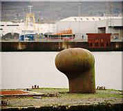 J3575 : Mooring bollard, Belfast by Rossographer