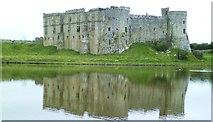 SN0403 : Carew Castle by Gordon Hatton