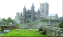 SM7525 : St Davids Cathedral, west front by Gordon Hatton
