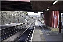 SE1632 : Bradford Interchange platform 2 by Peter Moore