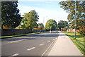 TQ1769 : Hampton Court Rd (A308) by N Chadwick