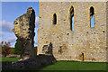 SE6183 : Helmsley Castle by Ian Taylor