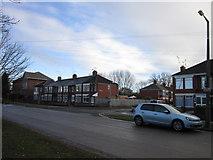 TA0832 : Endike Lane at Oldfield Avenue, Hull by Ian S