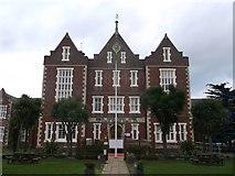 TQ2772 : Springfield University Hospital (main building) by David Anstiss
