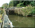ST6569 : Lock gate at the north end of Keynsham Lock by Jaggery
