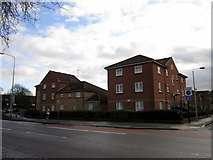 TA0828 : Flats on Kings Leigh off Bean Street, Hull by Ian S