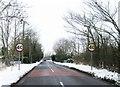 TL2950 : Entrance to East Hatley by Alex McGregor
