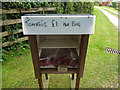 SY9282 : Tomato's £1 per bag by Phil Champion