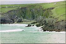 V3198 : Coumeenoole Beach by Stuart Logan