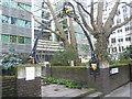TQ3281 : Entrance to the former churchyard of St John Zachary, Gresham Street by Marathon