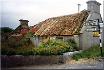 M3810 : Disused cottage by Jo Turner