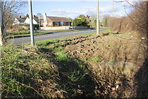 SP5200 : Culverted ditch beside Kennington Road by Roger Templeman