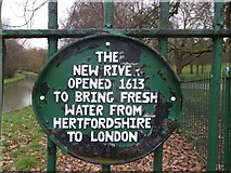 TQ3187 : New River and plaque, Finsbury Park by David Anstiss