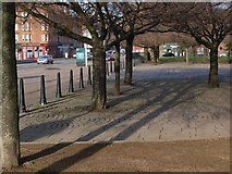 NS5964 : Entrance to Glasgow Green on the Saltmarket by Alec MacKinnon