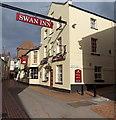SO8505 : The Swan Inn, Stroud by Jaggery